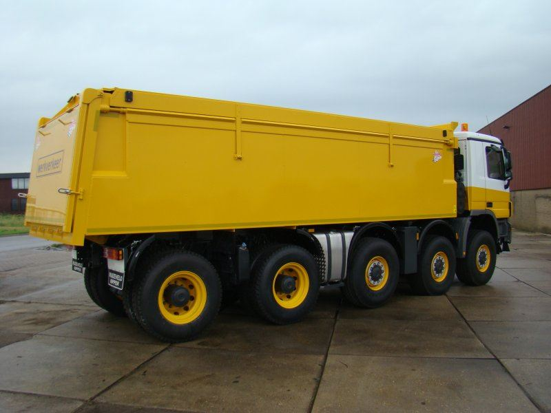 Mercedes-10x8-Wide-Spread-voor-Jac-Barendrecht-BV-2