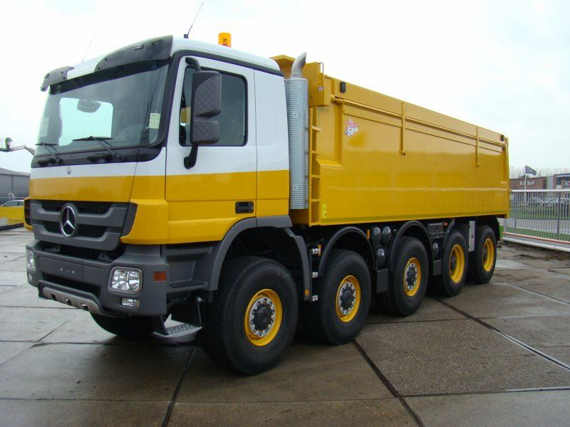 Mercedes-10x8-Wide-Spread-voor-Jac-Barendrecht-BV-4